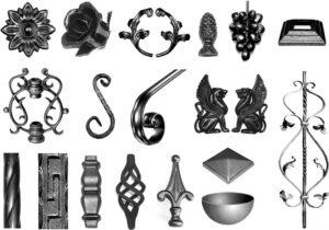 Кирпичный забор с использование ковки между столбами: виды и важные моменты
