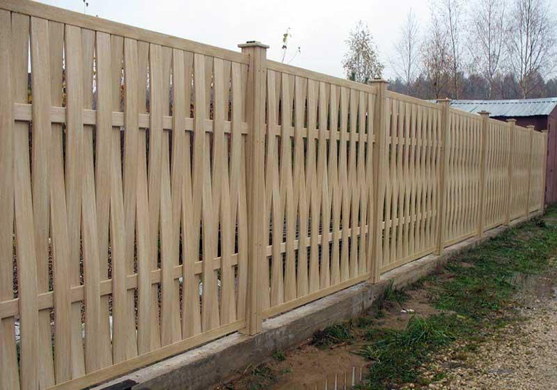 Деревянный забор Плетёнка - установка своими руками