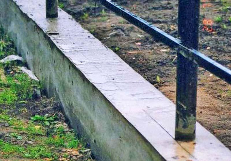 Как самостоятельно сделать ленточный фундамент под забор